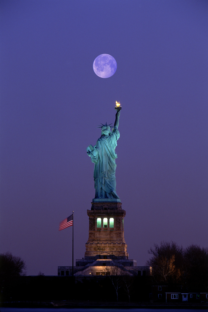 liberty-and-the-moon